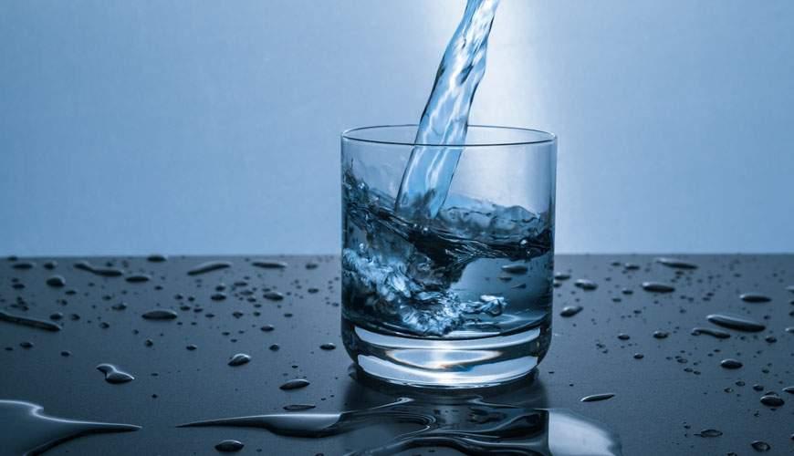 «Источник здоровья», или как отличить минеральную воду от подделки