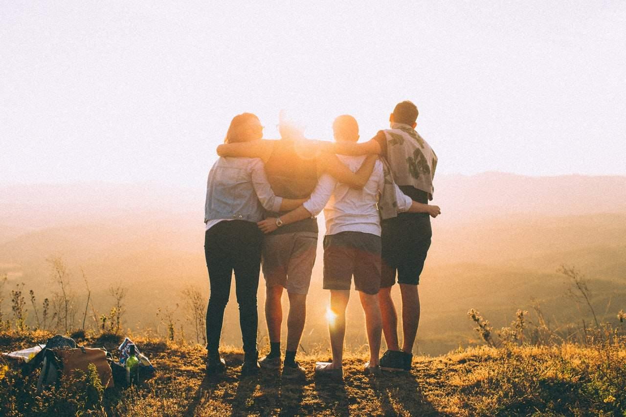 Почему с возрастом мы теряем друзей