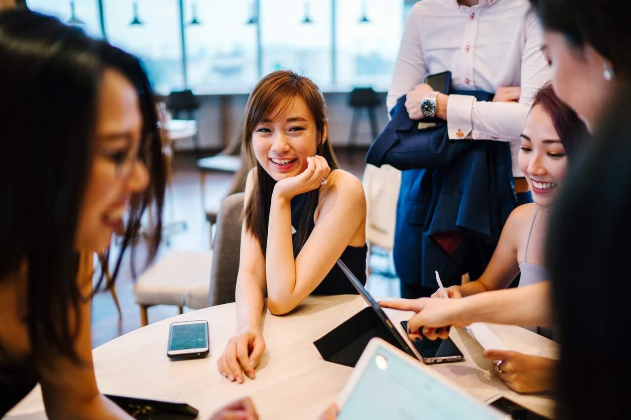 5 шагов к хорошему настроению на работе